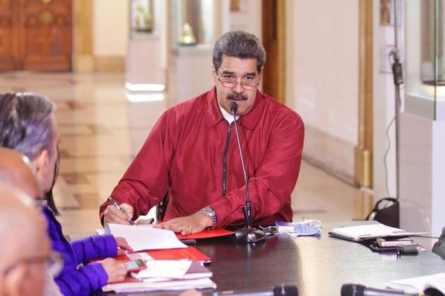 O pulso de Maduro