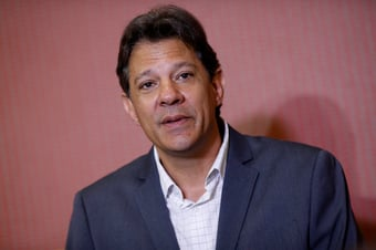 IMAGEM: Vox Populi reduz para 6 pontos vantagem de Bolsonaro sobre Haddad