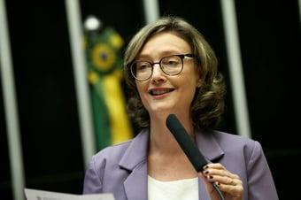 IMAGEM: Chefão do MST no gabinete de Maria do Rosário