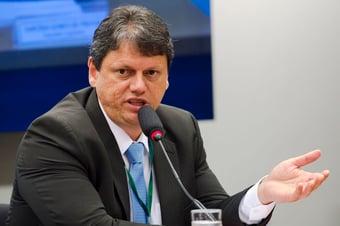 IMAGEM: Governo fará rodada de conversas com caminhoneiros