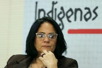 IMAGEM: TCU suspeita de repasse de Damares, sem licitação, a empresa investigada por lavagem