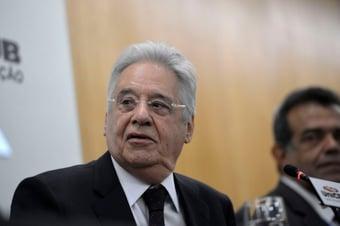 """IMAGEM: """"Isso é normal"""", diz FHC sobre desgaste do PSDB"""