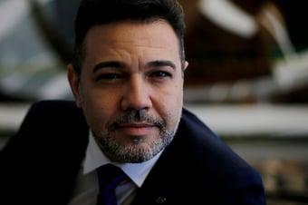 """IMAGEM: Feliciano rechaça apoio de evangélicos à jogatina e diz que Angelo Coronel faz """"politicagem"""""""