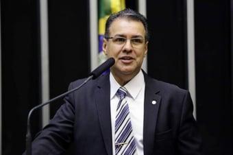 IMAGEM: Bolsonaro promete recriar Segurança Pública até o final de 2020