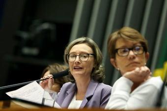 IMAGEM: Maria do Rosário assume cargo na Executiva do PT