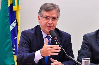 IMAGEM: 'Parece que a volta do Lula reanimou os partidários de Bolsonaro'