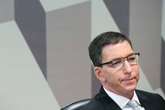 IMAGEM: Greenwald fala em 'tentativas tirânicas de silenciar jornalistas'