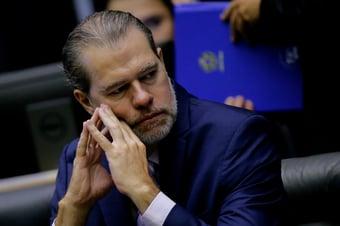 IMAGEM: Antes de deixar comando do Supremo, Toffoli arquivou todos os inquéritos decorrentes da delação de Cabral