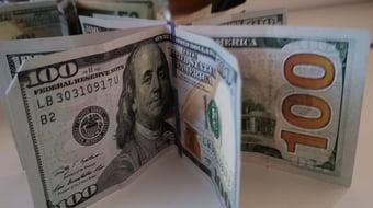 IMAGEM: A 10ª alta seguida da projeção da inflação