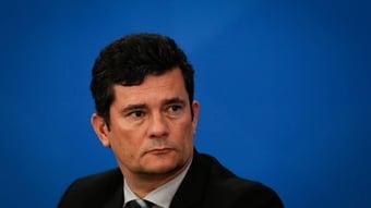 IMAGEM: Fórum de juízes exalta 'coragem' e 'temperança' de Moro