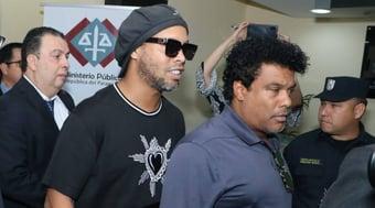 IMAGEM: Justiça do Paraguai liberta Ronaldinho Gaúcho