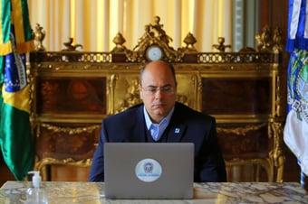 IMAGEM: Justiça nega pedido para despejo de Witzel