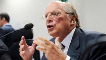 """IMAGEM: """"Apropriação do Estado para interesses próprios"""", diz Reale Jr. sobre ajuda da Abin a Flávio"""