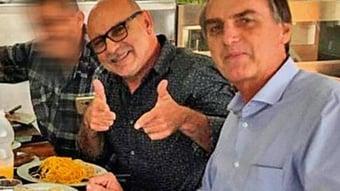 IMAGEM: Junta médica da PM autoriza Queiroz a comprar arma de fogo