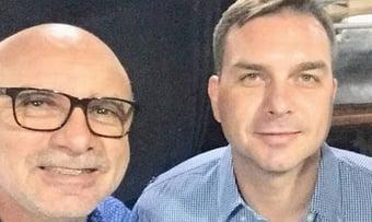 IMAGEM: Abin fez dois relatórios para livrar Flávio Bolsonaro