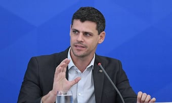 IMAGEM: 'Gastos fora do teto em 2021 chegam a R$ 103 bilhões', diz Bruno Funchal