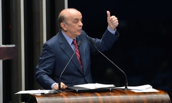 """IMAGEM: Serra, sobre PEC Emergencial: """"O relator se fechou num bunker com o governo"""""""
