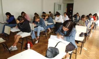 IMAGEM: Câmara aprova volta às aulas presenciais