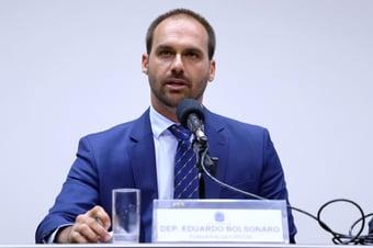 IMAGEM: Eduardo depõe por mais de 6 horas no inquérito dos atos antidemocráticos