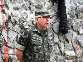 IMAGEM: General que integrou governo Bolsonaro critica 'silêncio cúmplice' de militares