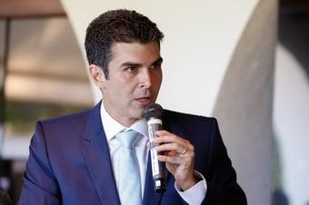 IMAGEM: 'Governo federal vai comprar Coronavac', diz Helder Barbalho após reunião na Saúde