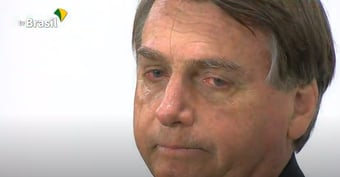 """IMAGEM: """"O arroz tá muito caro, Bolsonaro"""""""