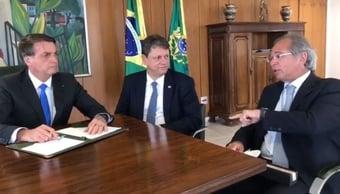 IMAGEM: Tarcísio de Freitas está com Covid-19