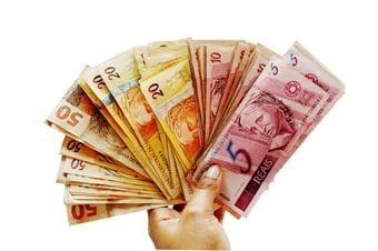 IMAGEM: Com aumento da inflação, salário mínimo deve ser de R$ 1.088 em 2021