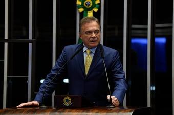 IMAGEM: Ao falar em 'acordão', Alvaro Dias diz que CPI da Covid 'pode começar frustrando'