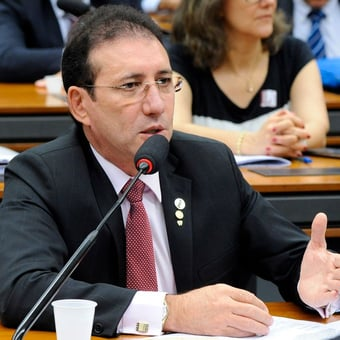 IMAGEM: PF prende ex-deputado federal em Fortaleza