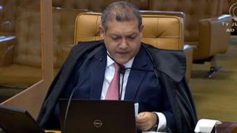 IMAGEM: 1 x 1 – Kassio vota a favor do trabalho intermitente