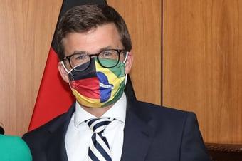 IMAGEM: Embaixador diz que viagem com Mourão 'não mudou' percepção sobre Amazônia