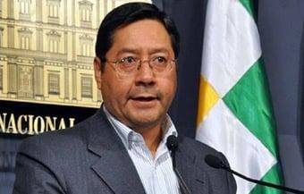 IMAGEM: Presidente da Bolívia fará exames médicos no Brasil