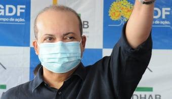 IMAGEM: Ibaneis prevê população do DF vacinada até outubro