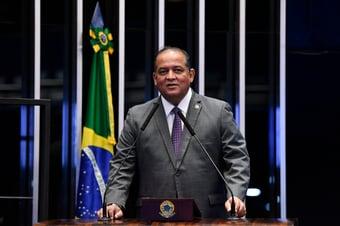 """IMAGEM: """"Até agora, Renan tem sido respeitoso"""", diz líder do governo Bolsonaro no Congresso"""