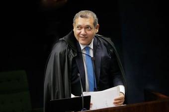 IMAGEM: Bolsonaro passou a gostar de decisões monocráticas do STF