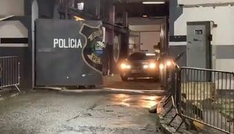 IMAGEM: Crivella deixa presídio na zona norte do Rio