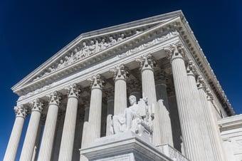 IMAGEM: Suprema Corte dos EUA proíbe Califórnia de vetar cultos em casa