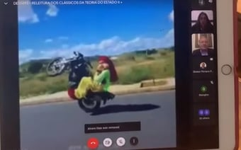 IMAGEM: Hacker invade aula online de Lewandowski e exibe vídeo da Carreta Furacão