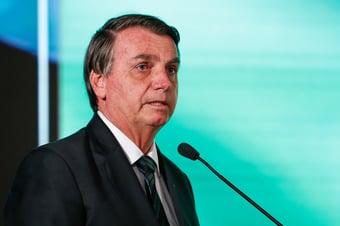 """IMAGEM: """"Não vou dar palanque"""", diz Bolsonaro após ser chamado de covarde por Maia"""
