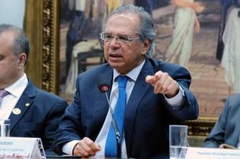 IMAGEM: Guedes procura culpados para lambança do Orçamento