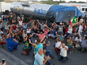 IMAGEM: Líder de caminhoneiros ameaça fazer greve maior que a de 2018