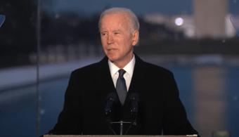 """IMAGEM: """"Para curar, devemos lembrar"""", diz Biden em homenagem às vítimas da Covid"""