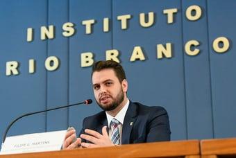 IMAGEM: Assessor de Bolsonaro chama Doria de 'corno', e Fábio Faria endossa