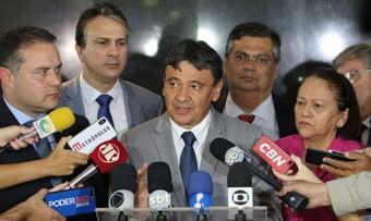 IMAGEM: Rede hospitalar do país entrou em colapso, diz governador Wellington Dias