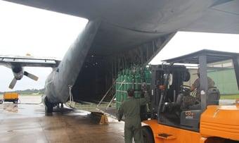 IMAGEM: Bolsonaro cancelou compra de Boeing que poderia abastecer Manaus