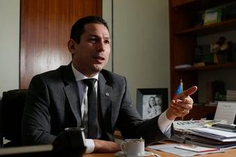 IMAGEM: Daniel Silveira deve ser no mínimo suspenso, diz 1º vice-presidente da Câmara