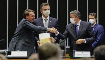 IMAGEM: Silêncio de Lira é a prova de que está fulo da vida com Bolsonaro