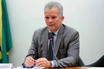 """IMAGEM: Líder da oposição na Câmara diz que reunião no Alvorada foi """"simbolismo político"""""""