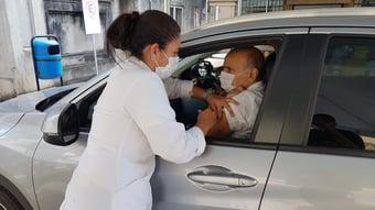 IMAGEM: Drauzio vacinado